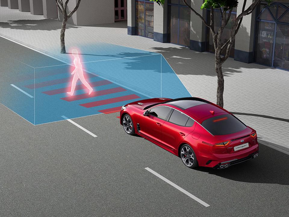 Kia Stinger - automatické zastavenie vozidla