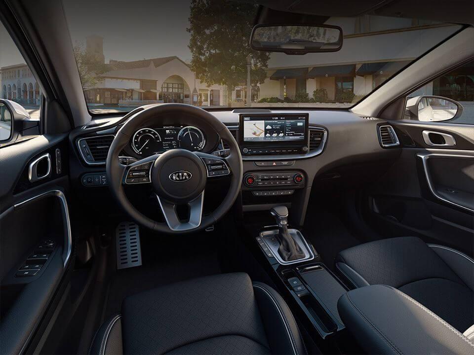 Nová Kia Ceed SW Plug-in Hybrid - interiér