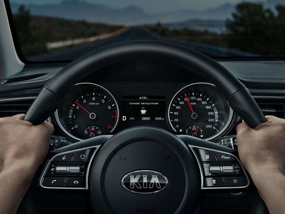 Nová Kia Ceed - upozornenie nepozornosti vodiča
